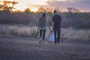幸福に生きる家族